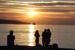 Sonnenuntergang am Vancouver-Beach.