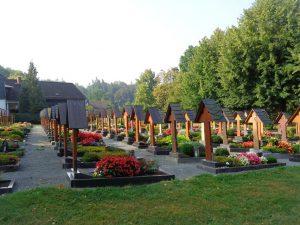 Der Friedhof von Wormbach ist etwas ganz Besonderes. – Foto: Dieter Warnick
