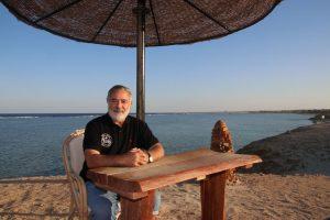 """Hossam Helmy, Eigentümer der Red Sea Diving Safari, liebt das einfache, pure Leben: """"Die Natur ist unser Reichtum."""""""