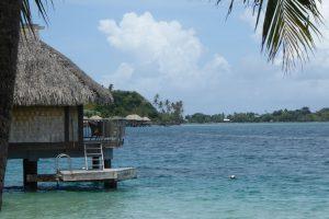 Auf Bora Bora hat (fast) jeder Tourist sein eigenes Haus auf dem Meer.