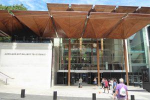 Die Art Gallery in der Stadtmitte Aucklands ist die größte Kunstgalerie Neuseelands. Die Ausstellungsfläche wurde 2007 durch einen Neubau verdoppelt.