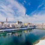 Eine traumhafte Kulisse – Villach im Winter, wenn es so richtig geschneit hat. - Foto: Tourismus Villach / Michael Stabentheiner