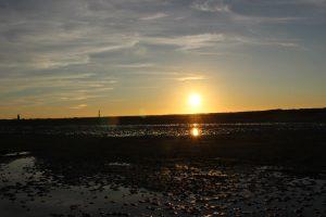 Das Watt bei Sonnenuntergang – zu jeder Jahreszeit ein spektakuläres Erlebnis. - Foto: Kurverwaltung Wangerooge