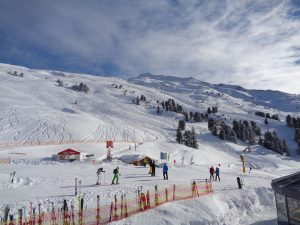 Das Skigebiet Hochzeiger ist weitläufig und meist auch für weniger geübte Fahrer ohne große Probleme zu bewältigen. – Foto: Dieter Warnick