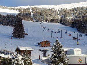 Von der Skistation Liss aus geht es hinauf ins Skigebiet. – Foto: Dieter Warnick
