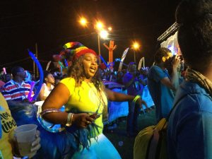 Junkanoo: Die ausgelassene Party in Grand Bahama ...