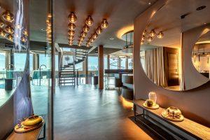"""Einzigartig. Cool. Lässig. So beschreibt Eigentümer, Projektinitiator und Bauherr Klaus Mantl das """"MOHR escape"""" mit drei Worten. – Foto: Hotel Mohr Life Resort Lermoos"""