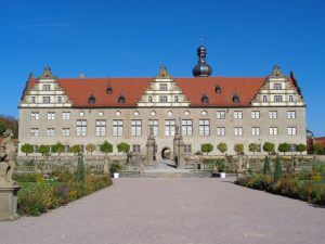 Schloss Weikersheim ist bei einem Besuch des Lieblichen Taubertals ein absolutes Muss. – Foto: Dieter Warnick
