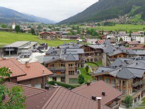 Die Wildkogel Resorts liegen in unmittelbarer Nähe der Ortschaft Bramberg. – Foto: Dieter Warnick