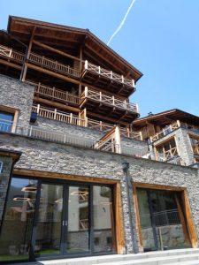 Jedes der Gebäude der beiden Wildkogel Resorts ist ein architektonisches Meisterwerk. – Foto: Dieter Warnick