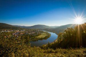 Ein erhabener Anblick ist die Mainschleife bei Miltenberg. – Foto: Churfranken e.V. / Dominik Stapf