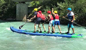 In Action: Mit dem richtigen Paddelschlag zum ultimativen Wasserspaß. – Foto: Wild South SUP