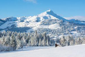 Märchenhafte Landschaft – jedem Wintersportfreund wird bei diesem Anblick das Herz aufgehen. – Foto: Helmut Lackner