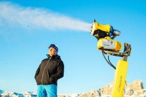 Arbeitet ständig an der energetischen Optimierung: Georg Eisath, Präsident von Carezza Ski. - Foto: Carezza Dolomites / StorytellerLabs