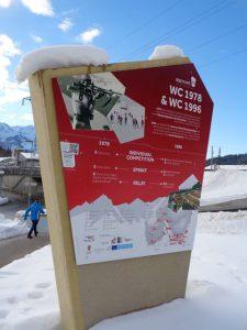"""Ein Biathlon-Erlebnis für alle, die mehr über die faszinierende Sportart erfahren und das alpine Panorama genießen wollen, vermittelt der """"Biathlon-WM-Pfad"""" in Hochfilzen. - Foto: Dieter Warnick"""