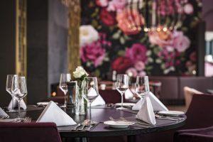 Restaurant in der Orangerie. Foto: Bertram Bölkow