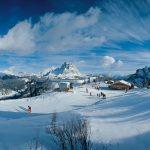 Das Skigebiet rund um Arabba und die Civetta (Mitte) lässt absolut keine Wünsche offen. - Foto: Ghedina