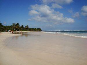 Die Insel Culebra bietet beste Argumente für einen ungestörten Traumurlaub. - Foto: Wikimedia / Jose L. Dominguez