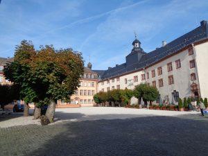 Schloss Berleburg ist eines der wenigen Schlösser Deutschlands, das kontinuierlich von derselben Familie bewohnt wird – seit über 750 Jahren von der Familie zu Sayn-Wittgenstein-Berleburg. – Foto: Dieter Warnick