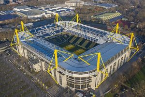 Der Signal Iduna Park in Dortmund. Von Arne Müseler / www.arne-mueseler.com, CC BY-SA 3.0 de, https://commons.wikimedia.org/w/index.php?curid=85363052