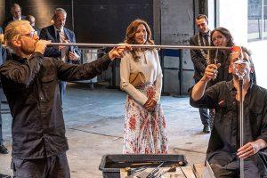 Anfang Juni eröffnete Kronprinzessin Mary von Dänemark auf dem alten Industriegelände der Glashütte in der Gemeinde Næstved auf Seeland das neue Zentrum für Glaskunst, Holmegaard Værk. – Foto: Museum Sydøstdanmark / Per Rasmussen