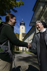 Die innere Ruhe findet man auch im Kloster Bernried. – Foto: Wolfgang Ehn
