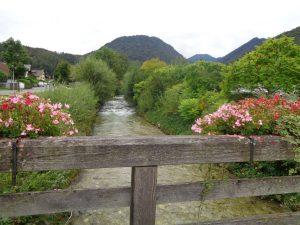 Die Loisach entspringt nördlich des Fernpasses in Tirol und mündet nahe Wolfratshausen in die Isar. – Foto: Dieter Warnick