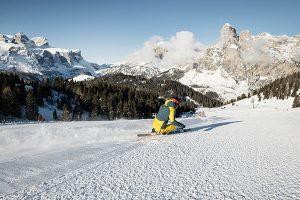 Am 5. Dezember hat in Alta Badia die Skisaison unter strengen Sicherheitsmaßnahmen begonnen.. – Foto: Alex Moling