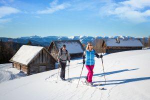 Diese beiden Skitourengeher haben den Tag noch vor sich. – Foto: Ferienregion Salzburger Lungau