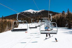Arizona Snowbowl ist ein alpines Skigebiet im Südwesten der USA und liegt an den San Francisco Peaks im Norden von Arizona, sieben Meilen nördlich von Flagstaff. – Foto: An Pham
