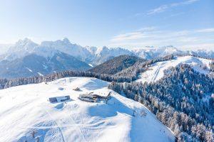 Das Arnoldstein-Dreiländereck ist ein Wintersportgebiet in den Karawanken im Süden Kärntens (Bezirk Villach-Land bei Arnoldstein). - Foto: Region Villach Tourismus / Michael Stabentheiner