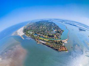 Klein und fein, nicht nur aus der Vogelperspektive – die Isola Albarella. – Luftaufnahme: Mirco Toffolo