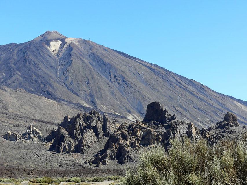 Vater Teide: mit 3718 Metern Höhe ...