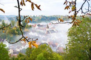 Der Schwarzwald kommt – je nach Jahreszeit – mitunter ganz schön mystisch daher. – Foto: Alex Kijak