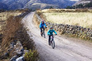 Ob E-Bike, Klapprad oder Mountainbike – es ist immer eine gute Idee, Peru mit dem Fahrrad zu entdecken. – Foto: Prom Peru
